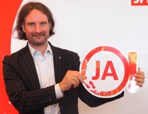 Daniel Molloisch, SPD-Ratsherr aus Obercastrop, sagt JA! zu Rajko Kravanja.